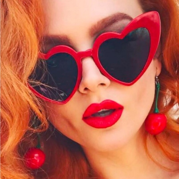 a390d0f073 Accessories - ♡ NEW Valentine Red Cat Eye Heart Shaped Sunnies ♡